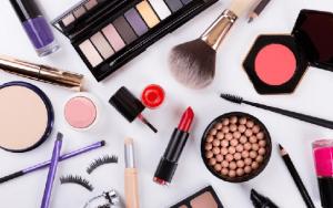 اینستاگرام :16 تکنیک عالی برای فروش محصولات آرایشی در اینستاگرام